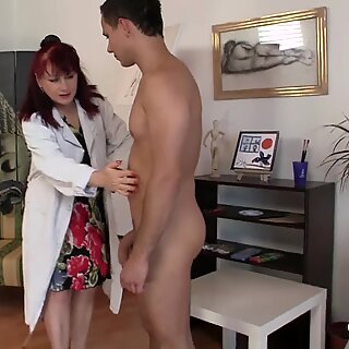 shaved pussy mature paintress loves playing with his big cock