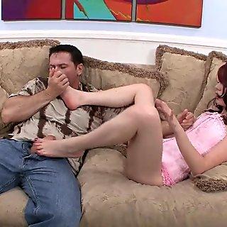 Cumming On Jessi Palmers Feet