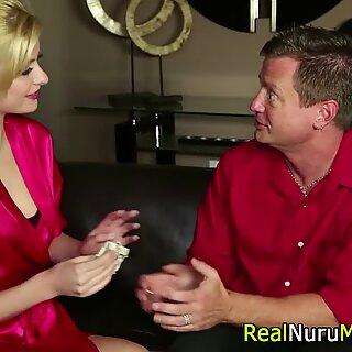 Блондинки массажистки ругали