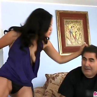 maxcuckold.com Cute Asian Jessica Bangkok Cuckold