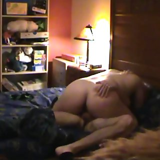 Slut Wife Takes Load in her Pregnant Pussy