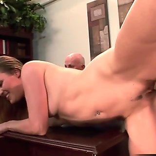 Hot wife Daisy Layne fucks and eats cum