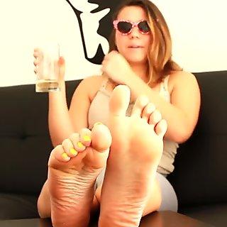Cuckold Husband Feet Worship POV