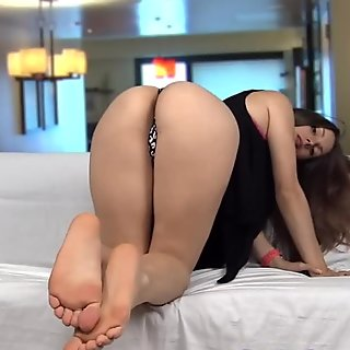 Lelu Love-She Wants To Cuckold You