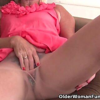 Belgium grandmother luvs draining in pantyhose
