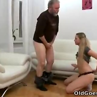 This old guy gets lucky with Jane when her boyfriend leaves