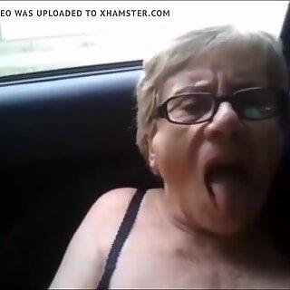 Abuela Muy Necesiitada