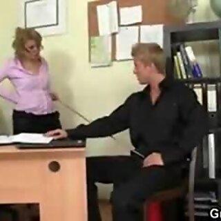 Rive opp med Min moden manager dukke