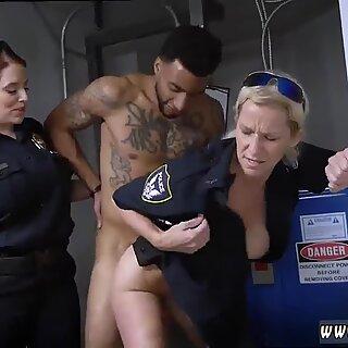 Don T olla Musta ja epäilyttävät Musta Patrol Cops tai