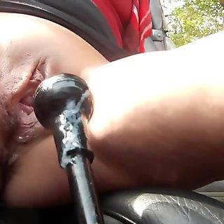 amateur hot slut masturbate and squirt 12