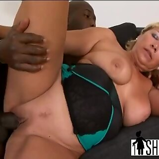 Blonde Granny Sarah Plays With Pussy And Big Tits Before Getting Fucked By Black Stud