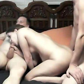 maxcuckold.com Sharing Teen Girlfriend
