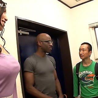 Невероятная японская девушка Рейко Кобаякава в большом большом елда, большие сиськи jav clip