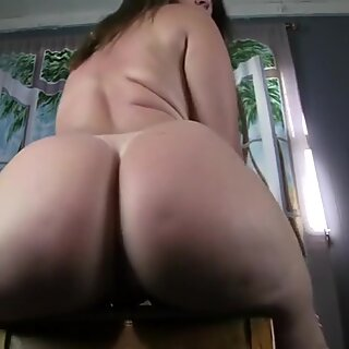 PAWG Rear end Pry apart