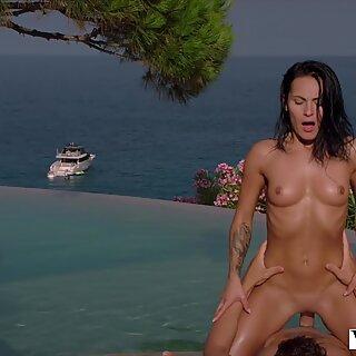 VIXEN A Perfect View For Unforgettable Passionate Sex - Lexie Dona