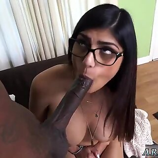 Japan blowjob swallow hd first time Mia Khalifa Tries A Big Black Dick - Renata Black
