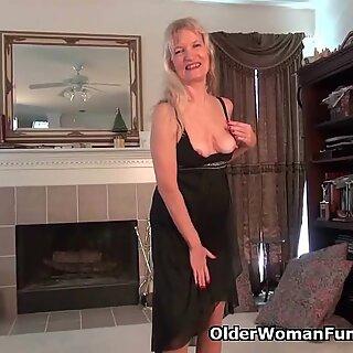 Mummo Claire soittaa hänen unshaven Tussu