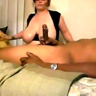 Mom daughter likes black dick