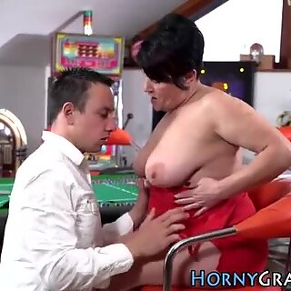 Tubby grandmother gives head