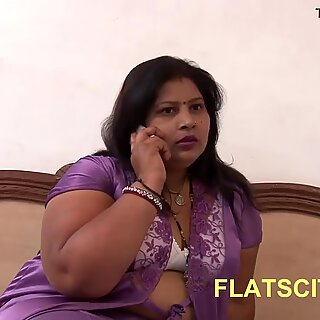 Indian Aunty trapped by Electrician